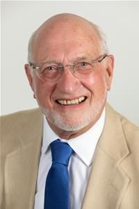 Profile image for Councillor Ian Leake