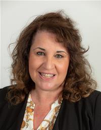 Profile image for Councillor Mrs Dee Hamilton